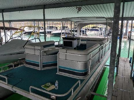 1992 KAYOT 24 ft pontoon