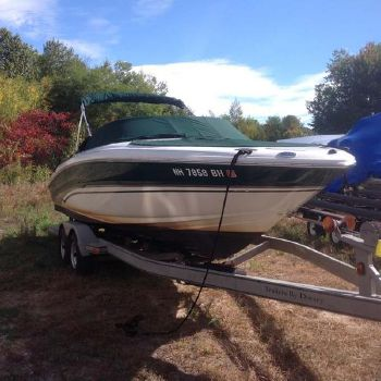 2002 Sea Ray 230 signature select