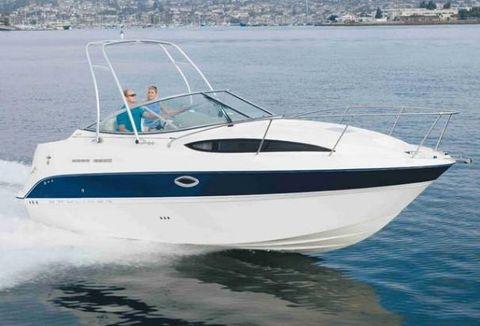 2006 Bayliner 245 Cruiser