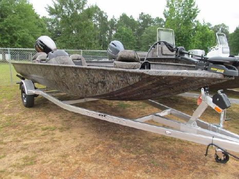 2018 Xpress Boats Xplorer Catfish Series XP200