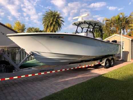 2017 Yellowfin 32 Center Console