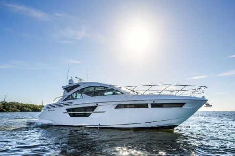2017 Cruisers Yachts 54 Cantius Cruisers 54 Cantius Profile