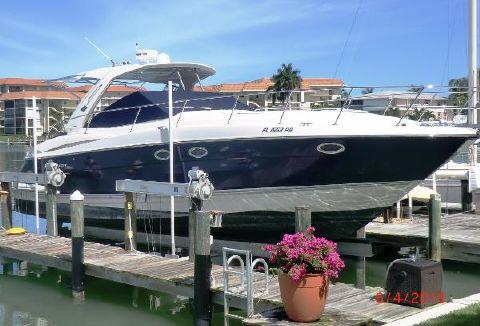 2009 Monterey 400 Sport Yacht Profile
