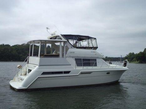 1998 Carver 405 Aft Cabin Motoryacht