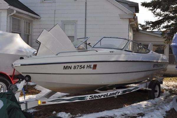 1998 Stingray 18 Rx 18 Foot 1998 Motor Boat In Rochester