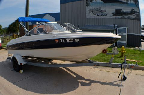 2002 Bayliner 185 Bowrider