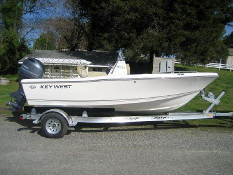 2021 Key West 176 Center Console