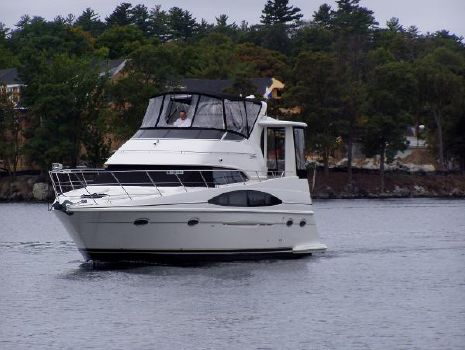 2001 Carver 396 Motor Yacht Port Profile