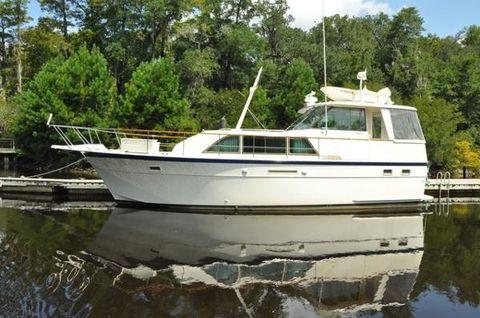 1977 Hatteras 43 Double Cabin Motoryacht