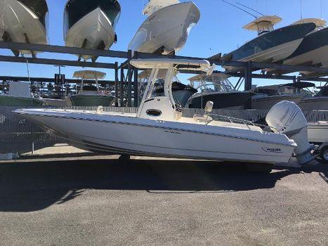 2018 Boston Whaler 240 Dauntless