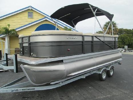 2017 Crest Pontoon Boats II 210