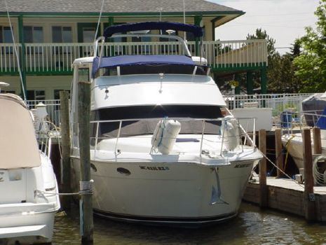2000 Carver 356 Aft Cabin Motor Yacht Photo 1