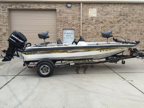 2008 Champion Boats 183 Elite