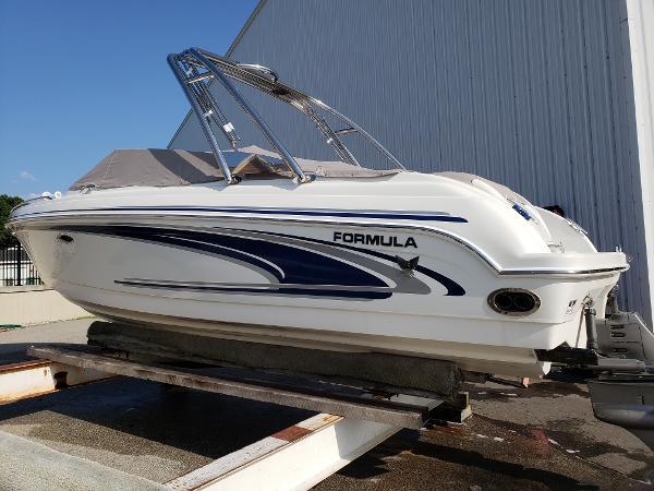 Used 2004 Formula 260 Bowrider Spring Lake Mi 49456 Boattrader Com
