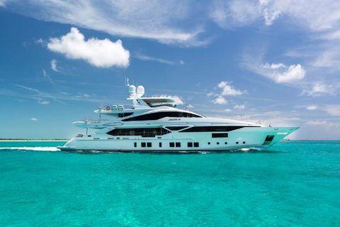 2014 Benetti Veloce 140 Starboard Profile