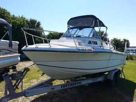 1999 Angler Boats 22