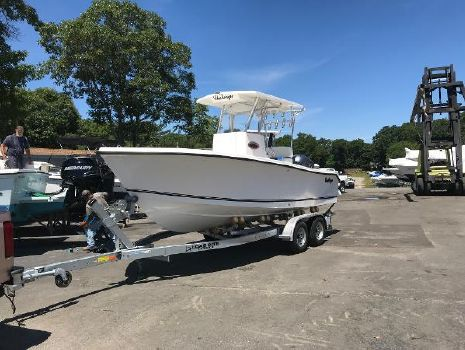 2017 KENCRAFT 215 Center Console