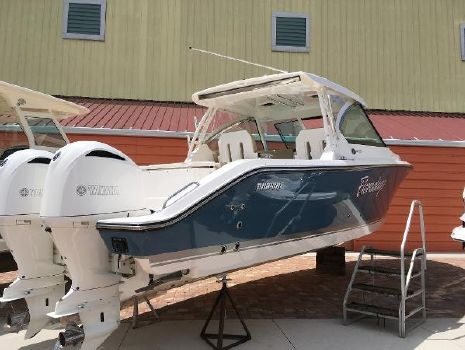 2015 Pursuit DC 325 Dual Console