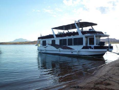 1999 Skipperliner Custom Houseboat