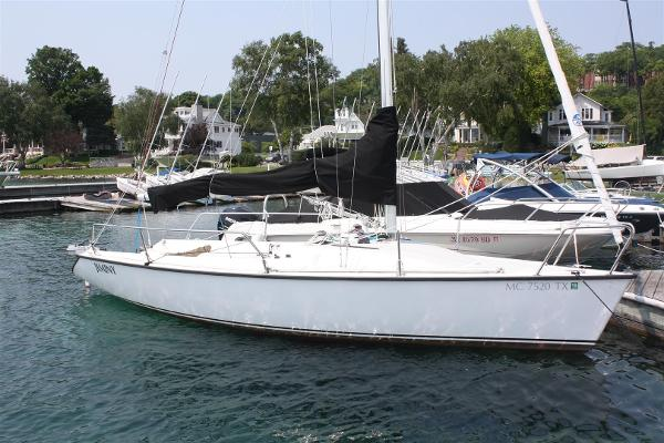 Used 1998 CATALINA 250 Wing Keel, Mcallen, Tx - 78504 - Boat