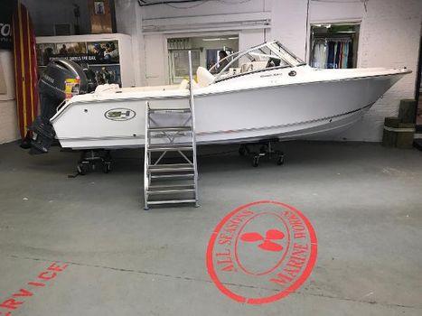 2017 Sea Hunt Escape 211 LE