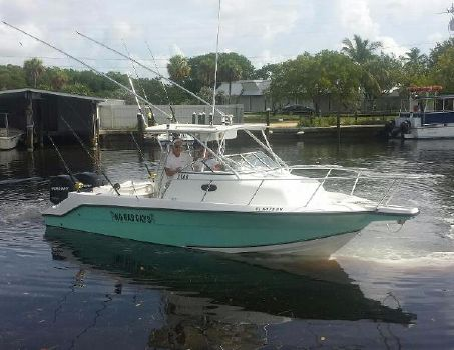 2004 Angler Boats 2500 WA