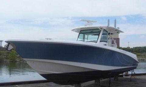 2010 Boston Whaler 370 Outrage TRADE