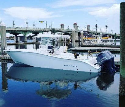 2017 CAPE HORN 31FT. Center Console