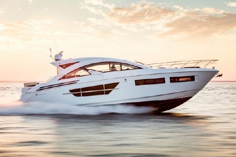 2018 Cruisers Yachts 60 Cantius Starboard Side