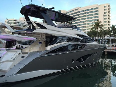 2018 Marquis 660 Sport Yacht