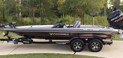 2015 Phoenix Bass Boats 920 ProXP