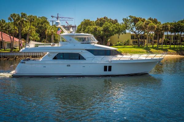 2013 Ocean Alexander Motoryacht