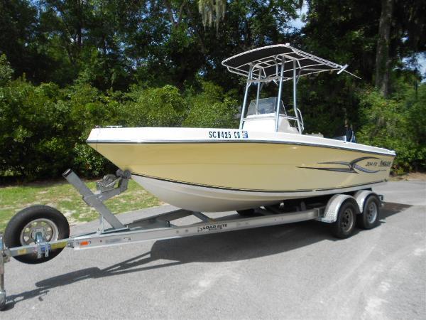 2005 Angler Boats 204fx
