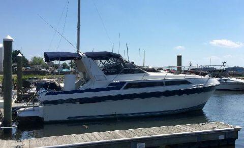 1990 Carver Montego 3257 1990 Carver Montego 3257 - Starboard