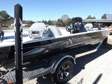 2018 XPRESS XP200 Catfish