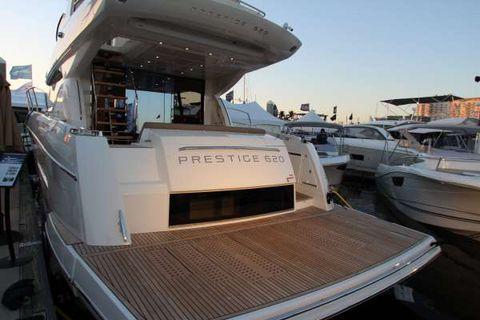 2015 Prestige 620 Flybridge