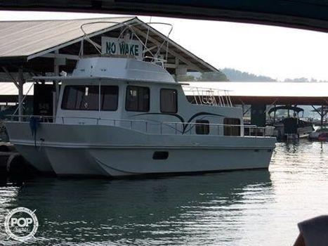 1984 Holiday Mansion Barracuda Houseboat 36 X 12 1984 Holiday Mansion Barracuda Houseboat 36 X 12 for sale in Byrdstown, TN