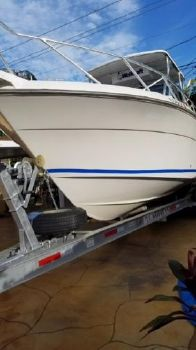 1989 WELLCRAFT Coastal 2600