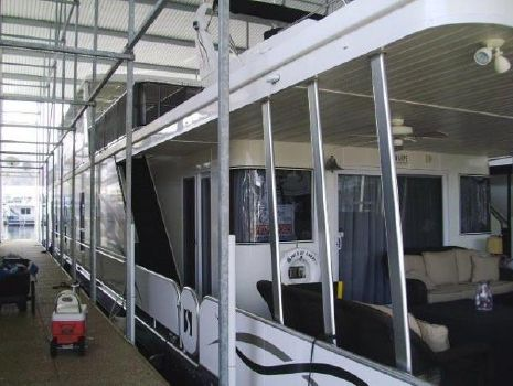2010 Sharpe Houseboat