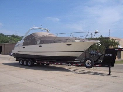 2003 Cruisers 3470 Express