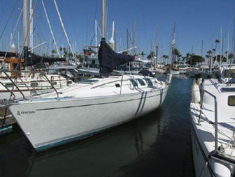 1989 Beneteau 35 S5 Docked