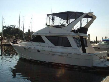1996 Bayliner 3988