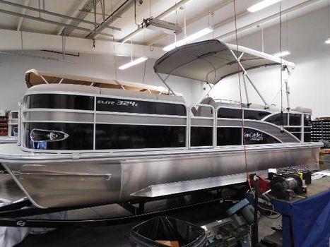2016 G3 Boats SunCatcher Elite 324 Cruise