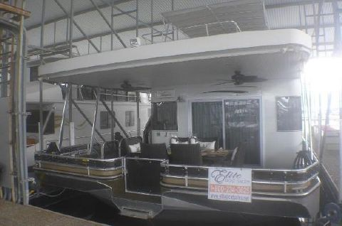 2008 THOROUGHBRED 19 x 88 Houseboat