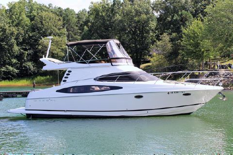 2006 Regal Sport Yacht Commodore 3880