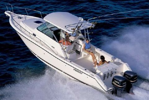 2003 Pursuit 3070 Express offshore