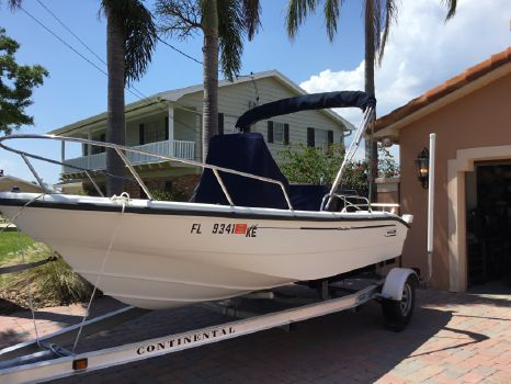 1999 Boston Whaler 160 Dauntless