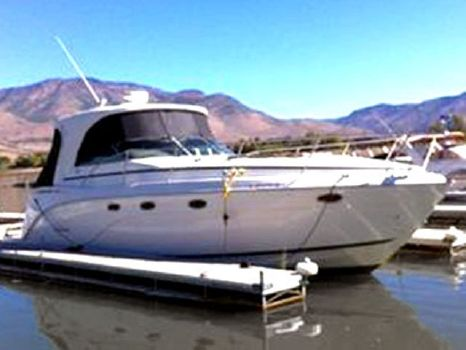 2007 Rinker 340 Express Cruiser