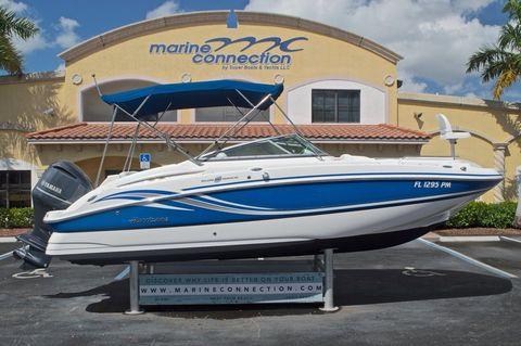 2013 Hurricane SUNDECK SD 2400 OB