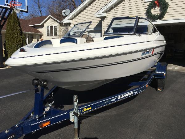 2002 glastron sx 175 17 foot 2002 glastron motor boat in for Used boat motors mn